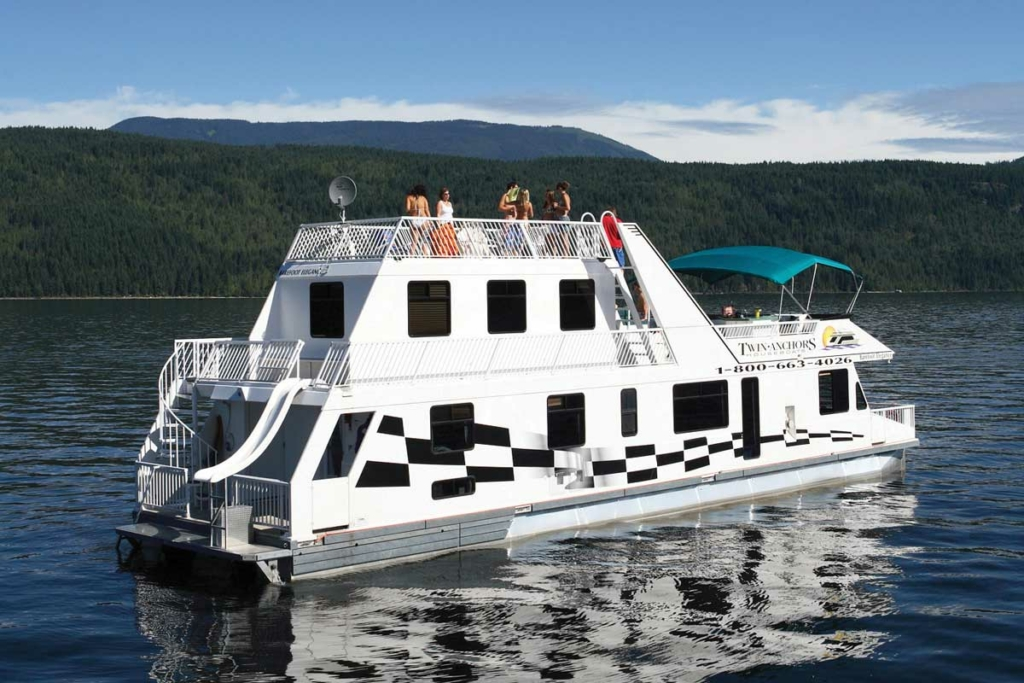 CRUISECRAFT 3 – Twin Anchors Houseboat Vacations
